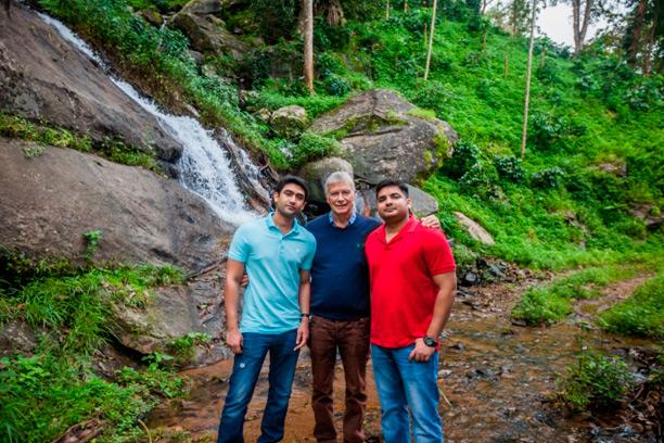 Mr Abhijit Shetty, Dr Dante Cagliari, Mr Advith Shetty